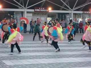 沼宮内七ッ踊り2012年の様子